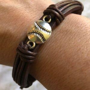 ⚾️🥎 Baseball/Softball Bracelet